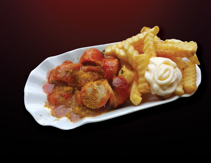 1 Currywurst & French fries