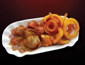 1 Currywurst & Curly Fries